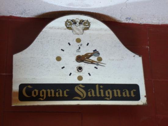 PENDULE PUBLICITAIRE  COGNAC  SALIGNAC